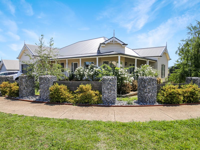 7 Royal Place, Leongatha, Vic 3953