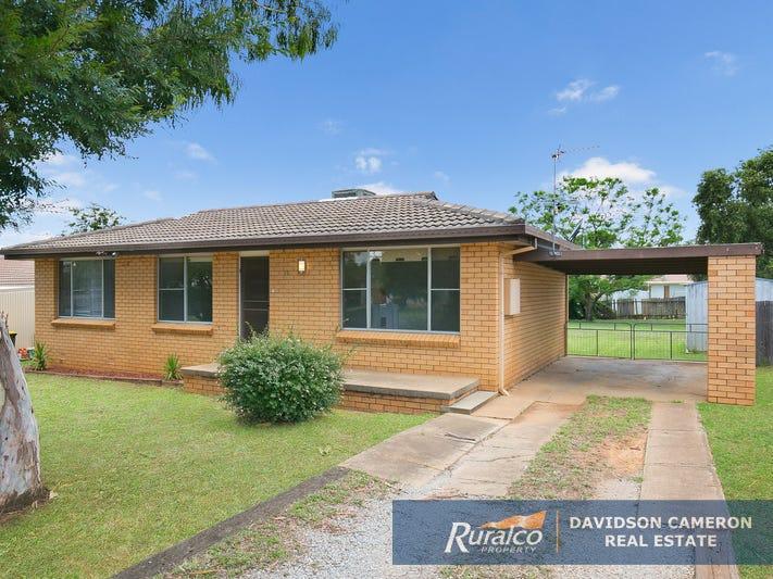 14 McDonald Crescent, Tamworth, NSW 2340