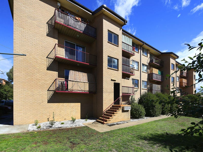 Unit 4/104 Henderson Road, Crestwood, NSW 2620