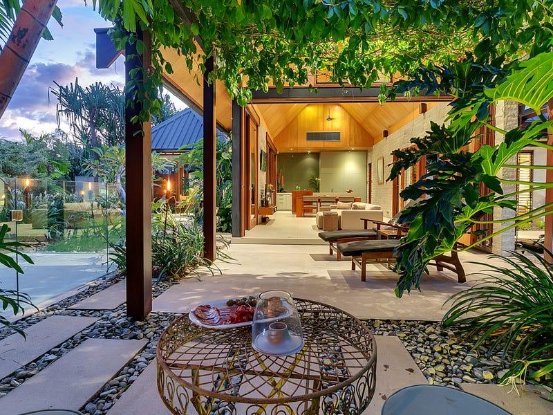 Villa Niramaya, Bale Drive, Port Douglas, Qld 4877