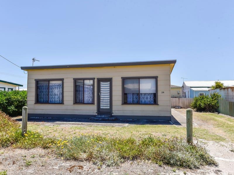 24 Compton Street, Port Macdonnell, SA 5291