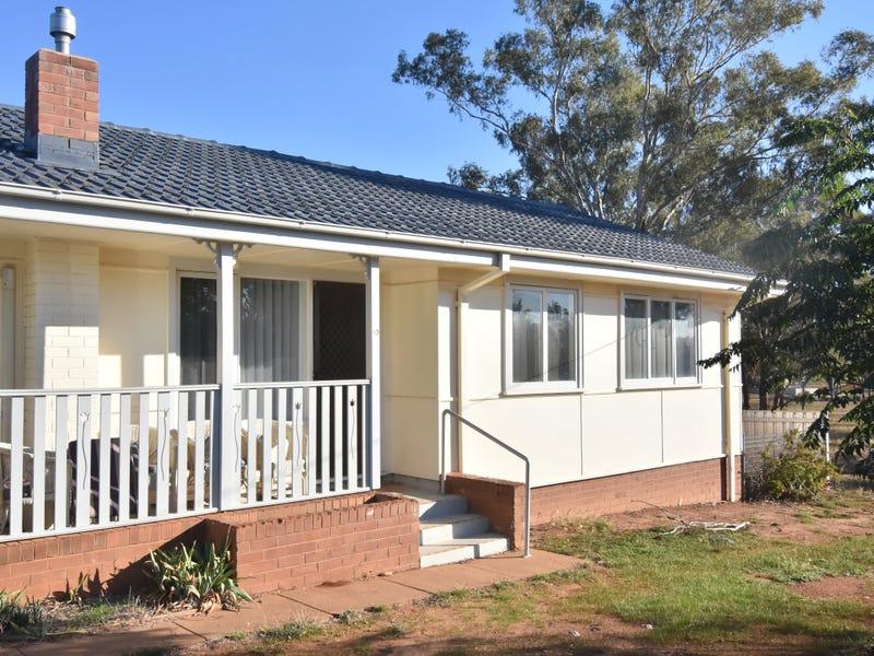 10 BEATTIE STREET, Temora, NSW 2666