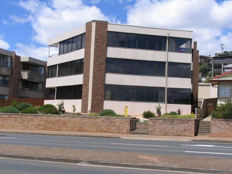 1/50 North Terrace, Burnie, Tas 7320