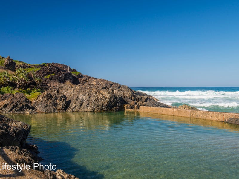 Unit 2 1B Royal Palm Drive, Sawtell, NSW 2452