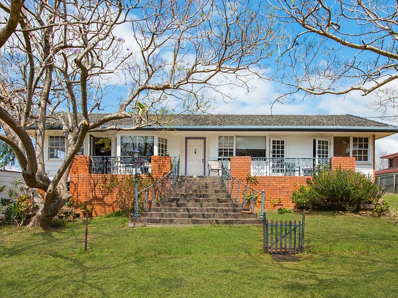 12 Oyster Point Rd, Banora Point, NSW 2486
