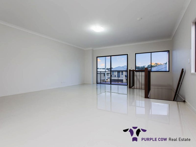 79 Logging Crescent, Spring Mountain, Qld 4300