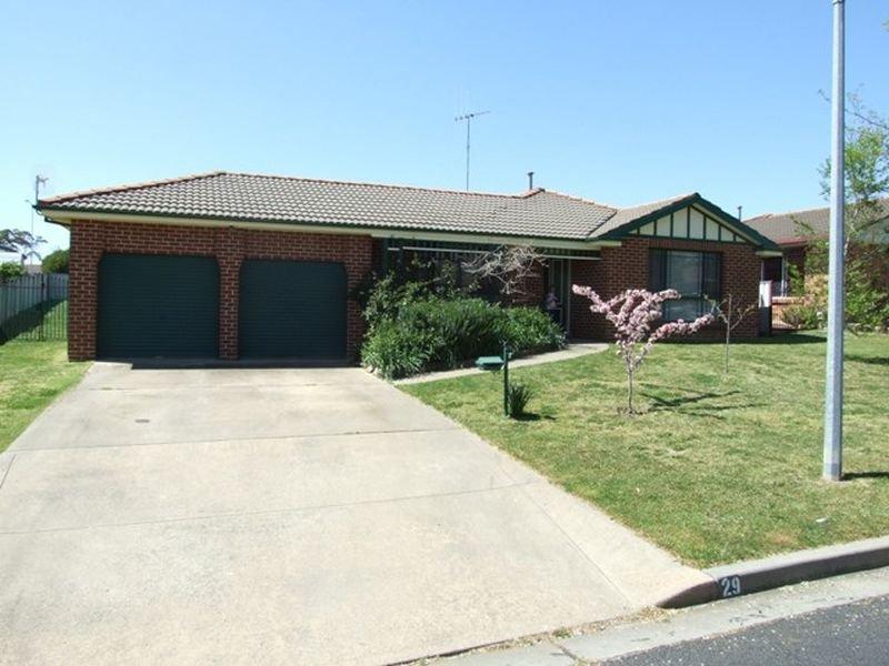 29 Avondale Drive, Orange, NSW 2800