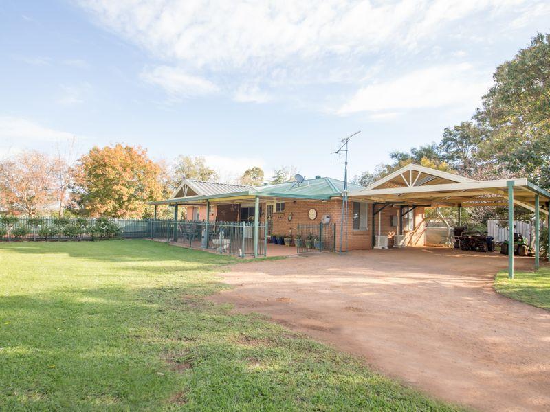 205 Gainsborough Road, Narromine, NSW 2821