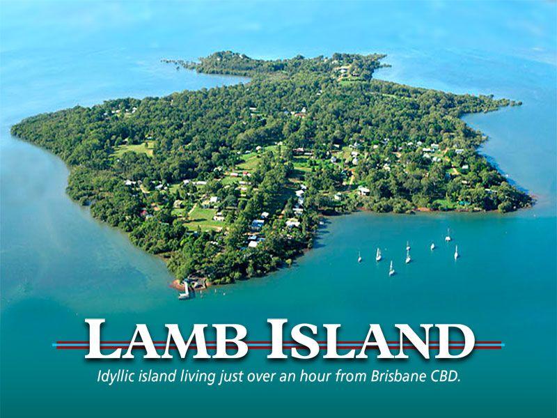 21 Helen Pde, Lamb Island