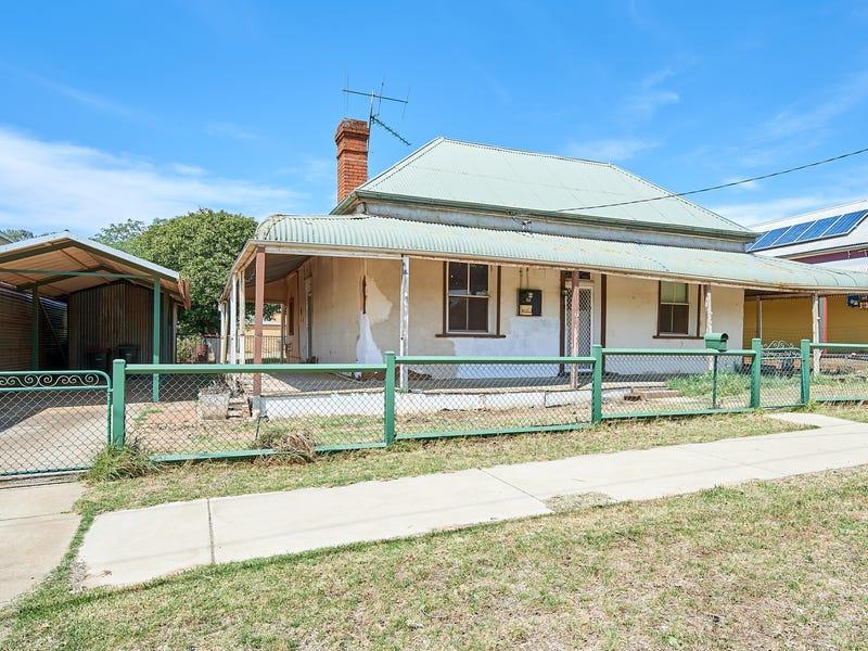 61 Cowabbie Street, Coolamon, NSW 2701