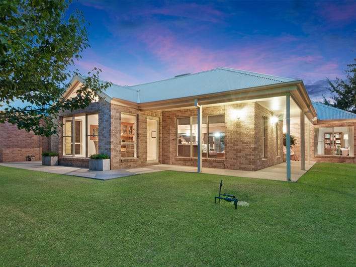 1 Cromer Fairway, Wodonga, Vic 3690