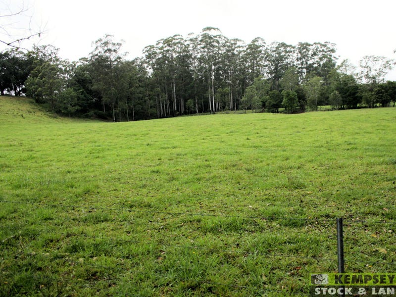 Address available on request, Collombatti, NSW 2440