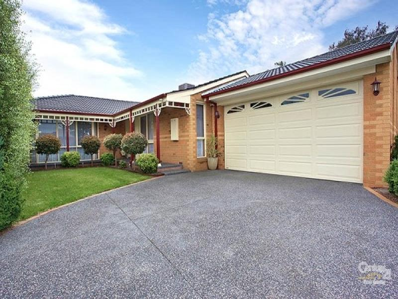 28 Sandleford Place, Dingley Village, Vic 3172