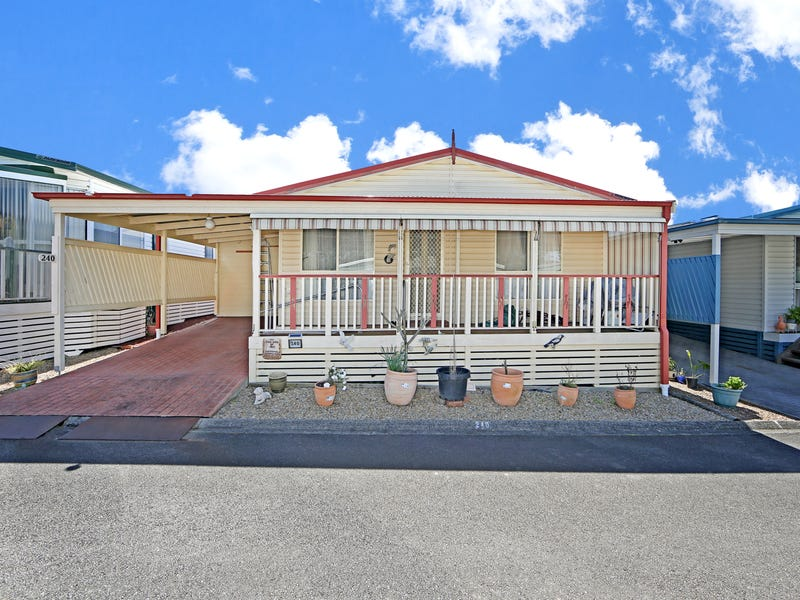 240/25 Mulloway Road, Chain Valley Bay, NSW 2259