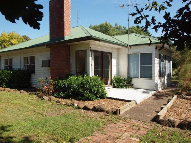 120 Robertson Road, Terang, Vic 3264