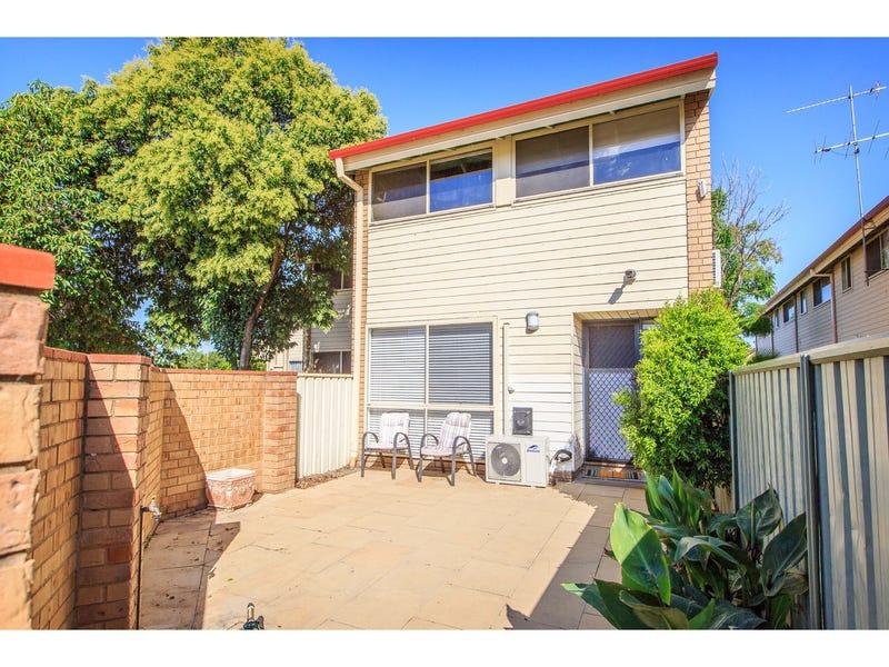 9/429 Griffith Road, Lavington, NSW 2641