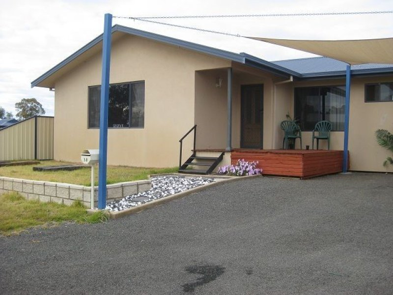 18 Duffy Drive, Cobar, NSW 2835