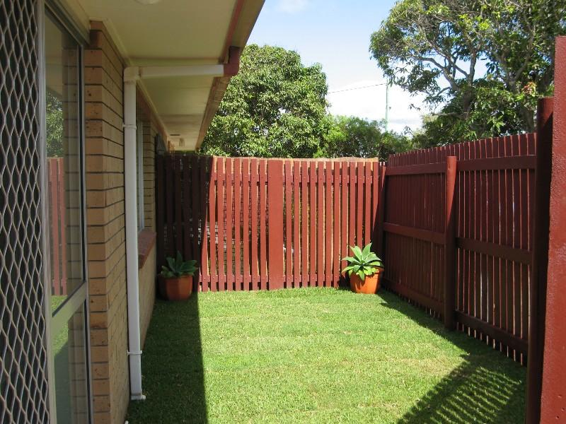 4/2 Symons Street, South Mackay, Qld 4740