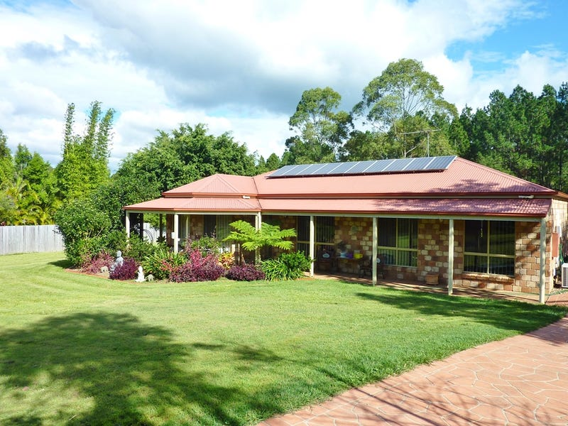 13 Cobb and Co Drive, Beerburrum, Qld 4517