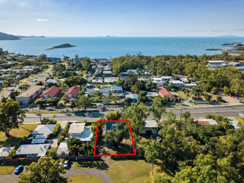200 Shute Harbour Road, Cannonvale, Qld 4802