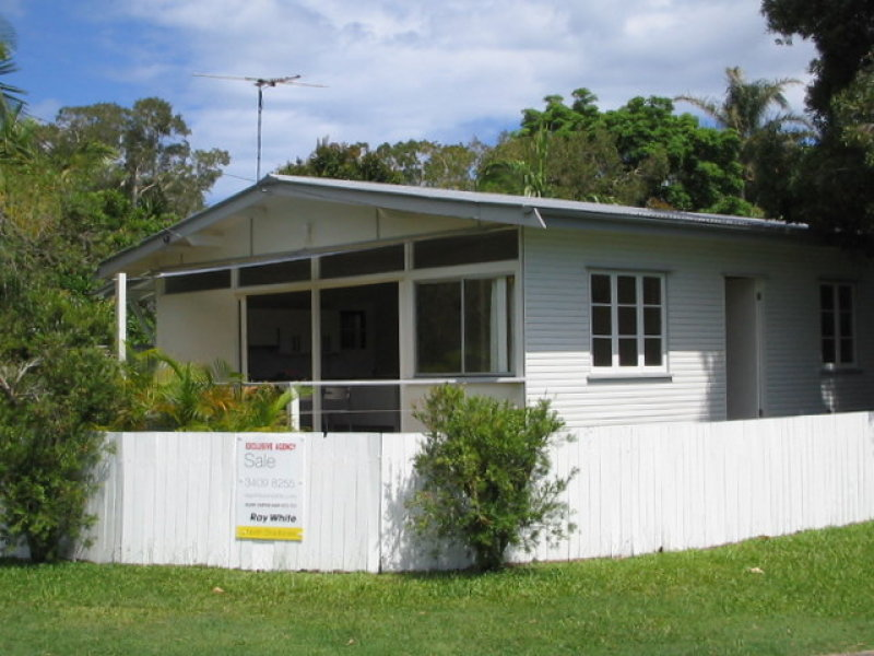 17 Flinders Avenue, Dunwich, Qld 4183