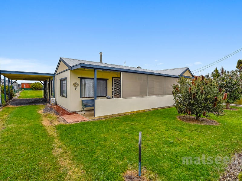 18 Jackway Street, Blackfellows Caves, SA 5291