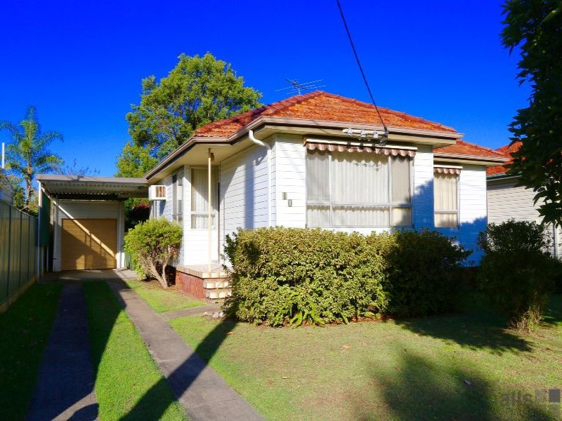 10 Findon Street, Marks Point, NSW 2280