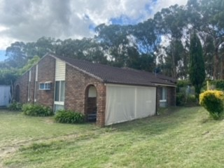 2&2A Bent Place, Ruse, NSW 2560