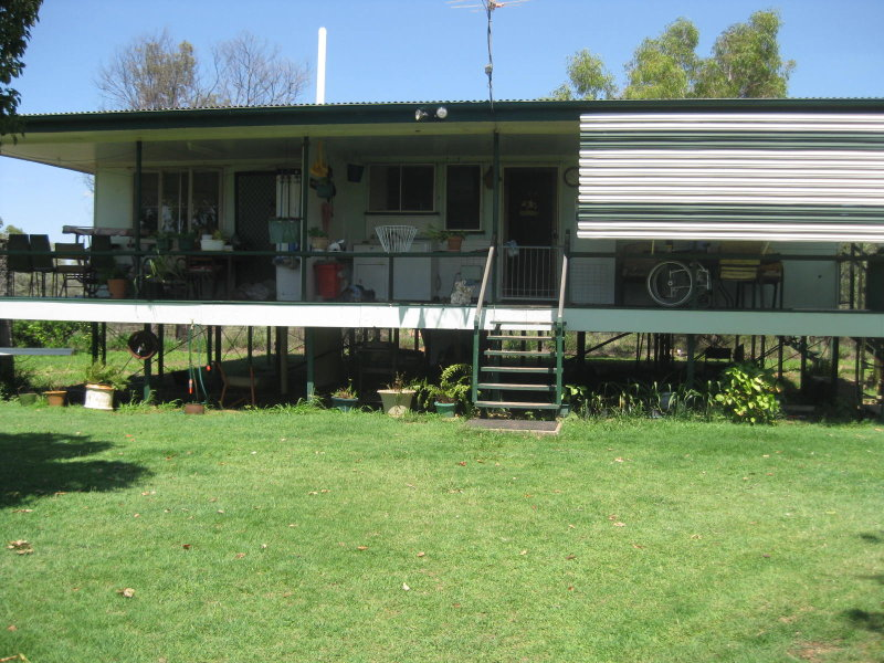 76 Old School Road, Clermont, Qld 4721