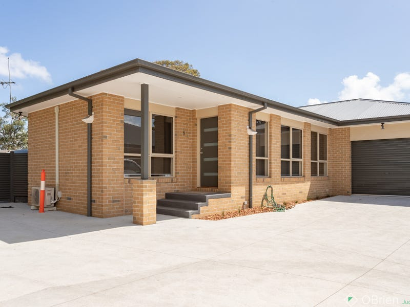 1/23 Redwood Drive, Cowes, Vic 3922