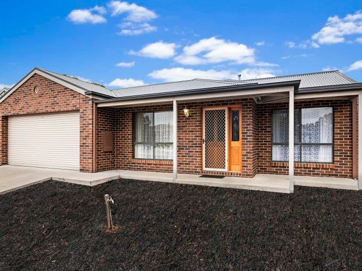 20 Edgewater Close, Eaglehawk, Vic 3556
