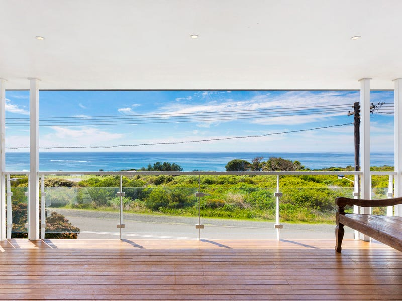1/152 Caves Beach Road, Caves Beach, NSW 2281