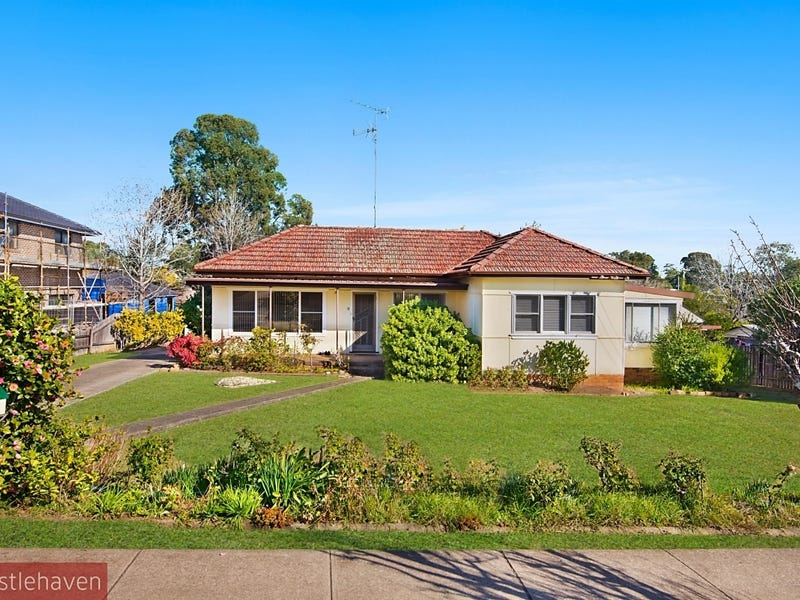 18 Greenwood Road, Kellyville, NSW 2155