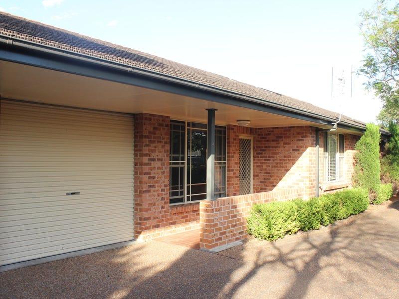 2/221 Beaumont Street, Hamilton South, NSW 2303