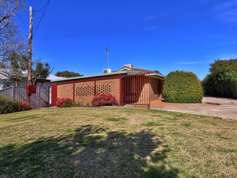 1/226 Henry Street, Deniliquin, NSW 2710
