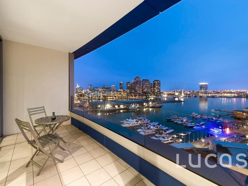 1104/2 Newquay Prom, Docklands, Vic 3008