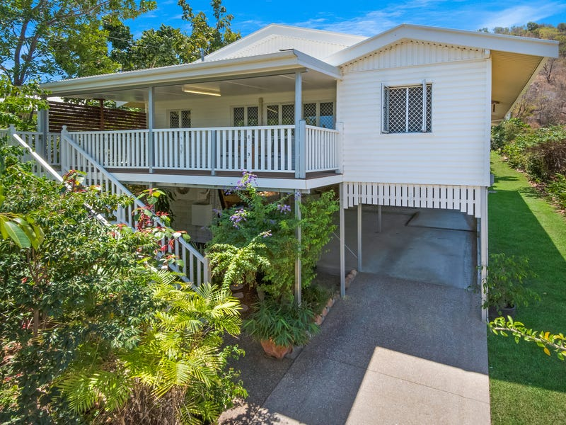 15 Stagpole Street, West End
