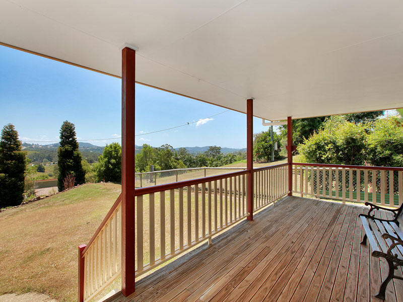 34 Towen View Court, West Woombye, Qld 4559
