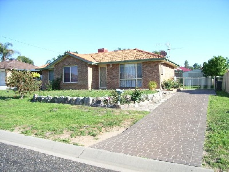 10 GRANT STREET, Kootingal, NSW 2352