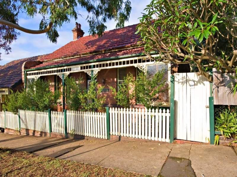 106 Railway Avenue, Stanmore, NSW 2048