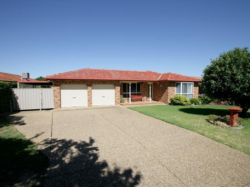 15 Malebo Place, Tatton, NSW 2650