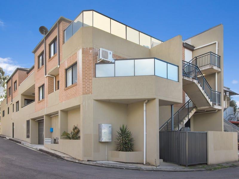 2/78 Barbara Boulevarde, Seven Hills, NSW 2147