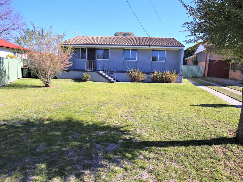 11 Arunta Street, South Bathurst, NSW 2795