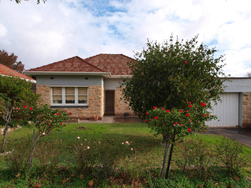 14 Cheviot Avenue, Lower Mitcham, SA 5062