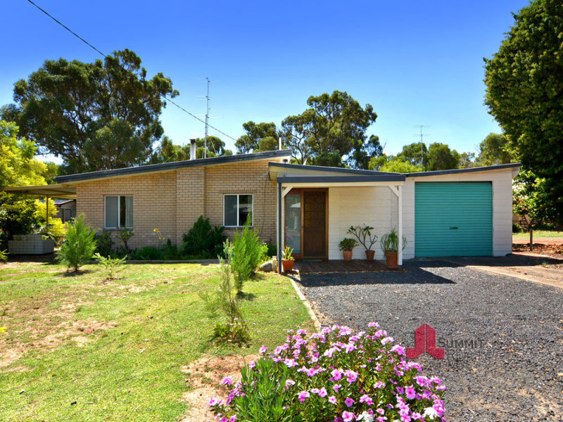 28 Fairway Terrace, Preston Beach, WA 6215