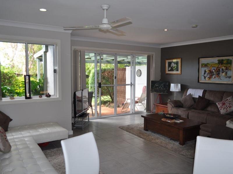Unit 8/4 Osprey Place, Korora, NSW 2450