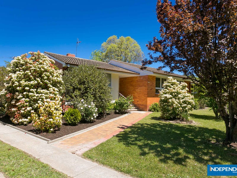 9 Stillwell Place, Mawson, ACT 2607