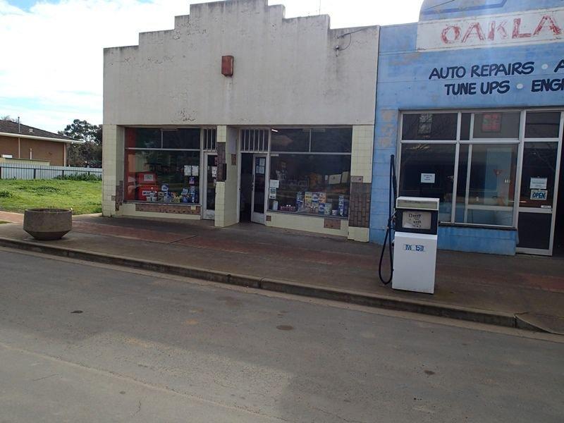 16 Milthorpe Street, Oaklands, NSW 2646