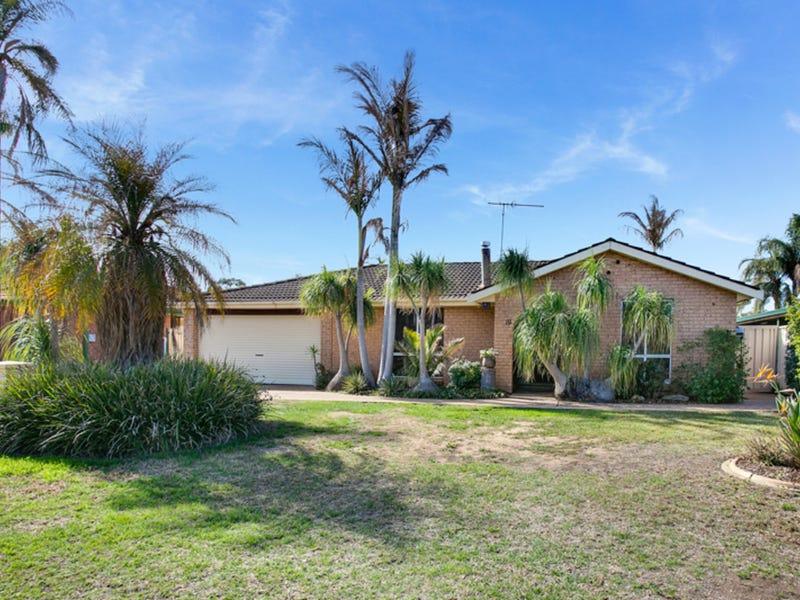 19 Mistletoe Avenue, Claremont Meadows, NSW 2747