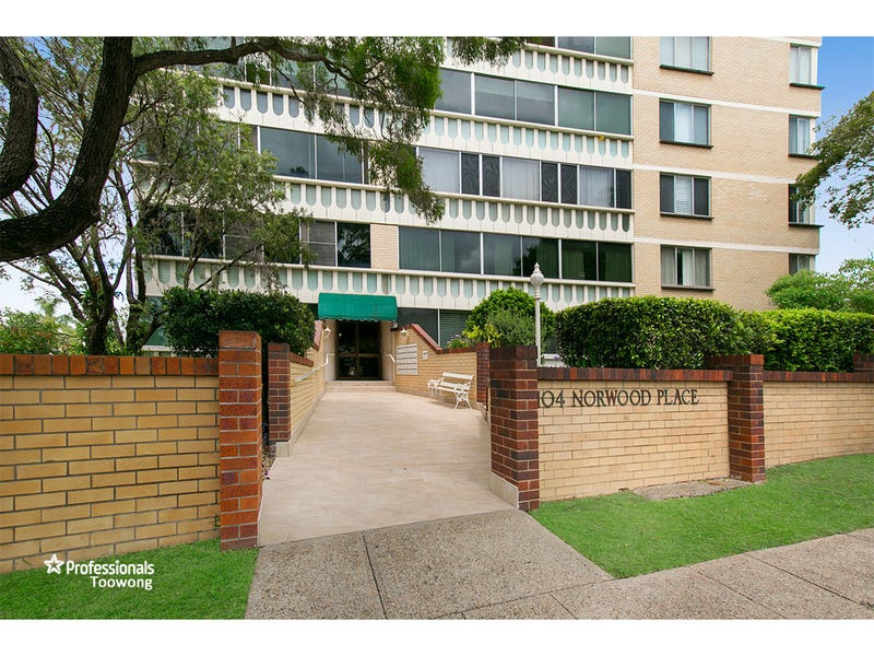 12/104 Station Road, Indooroopilly, Qld 4068